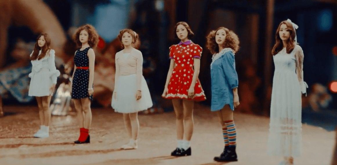 """APRIL Makes Comeback As Vintage Dolls In """"April Story"""" MV"""