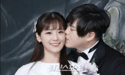 Moon Hee Jun And Crayon Pop's Soyul Officially Tie The Knot