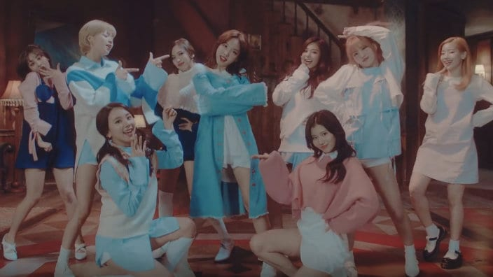 "TWICE's ""TT"" Becomes The Most-Viewed Kpop Girl Group MV On YouTube"