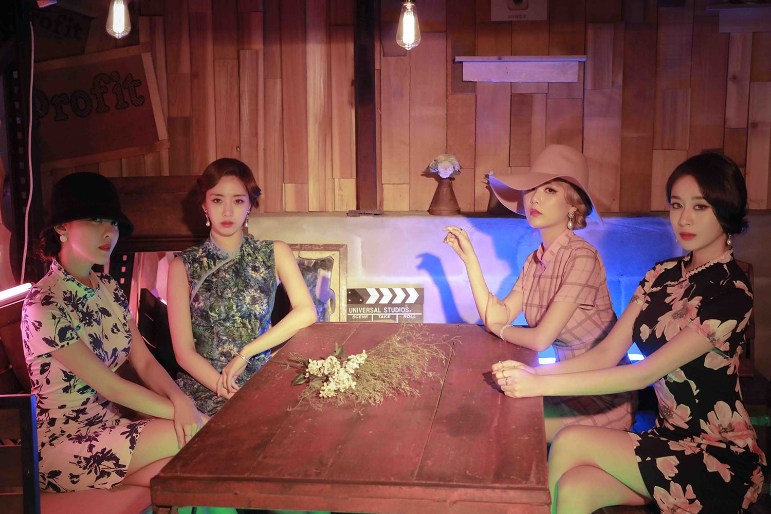 WATCH: T-ara Reveals Comeback Information On V Live Broadcast