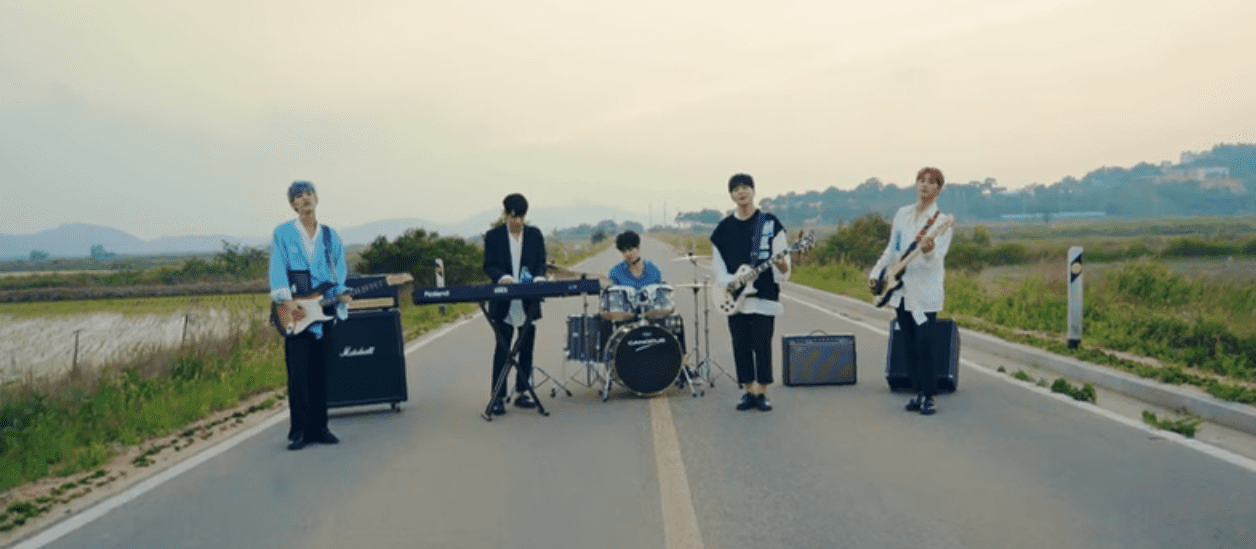 """WATCH: DAY6 Says """"Hi Hello"""" To Love In New MV"""