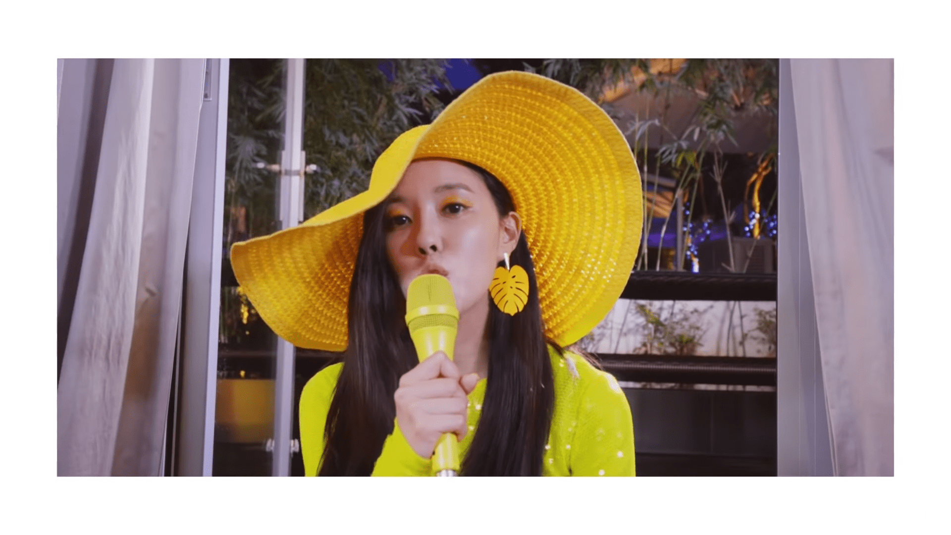 "WATCH: T-ara's Hyomin Gets Tropical In New ""Mango"" MV"