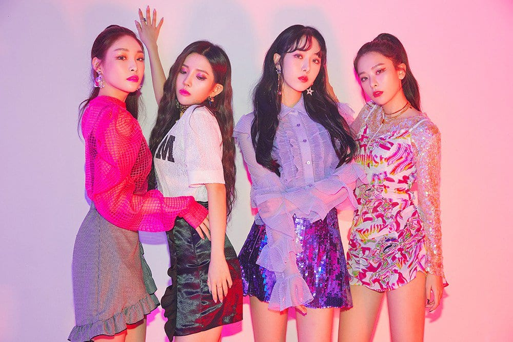 """WATCH: Seulgi, SinB, Chungha, And Soyeon Team Up For Powerful Collaboration With """"Wow Thing"""""""