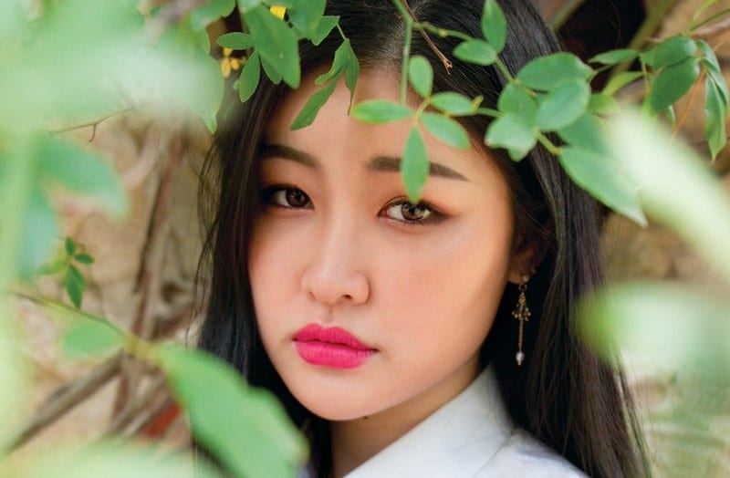 "LISTEN: Korean Singer Hyemin Makes Official Debut In Spain With ""Fate"""