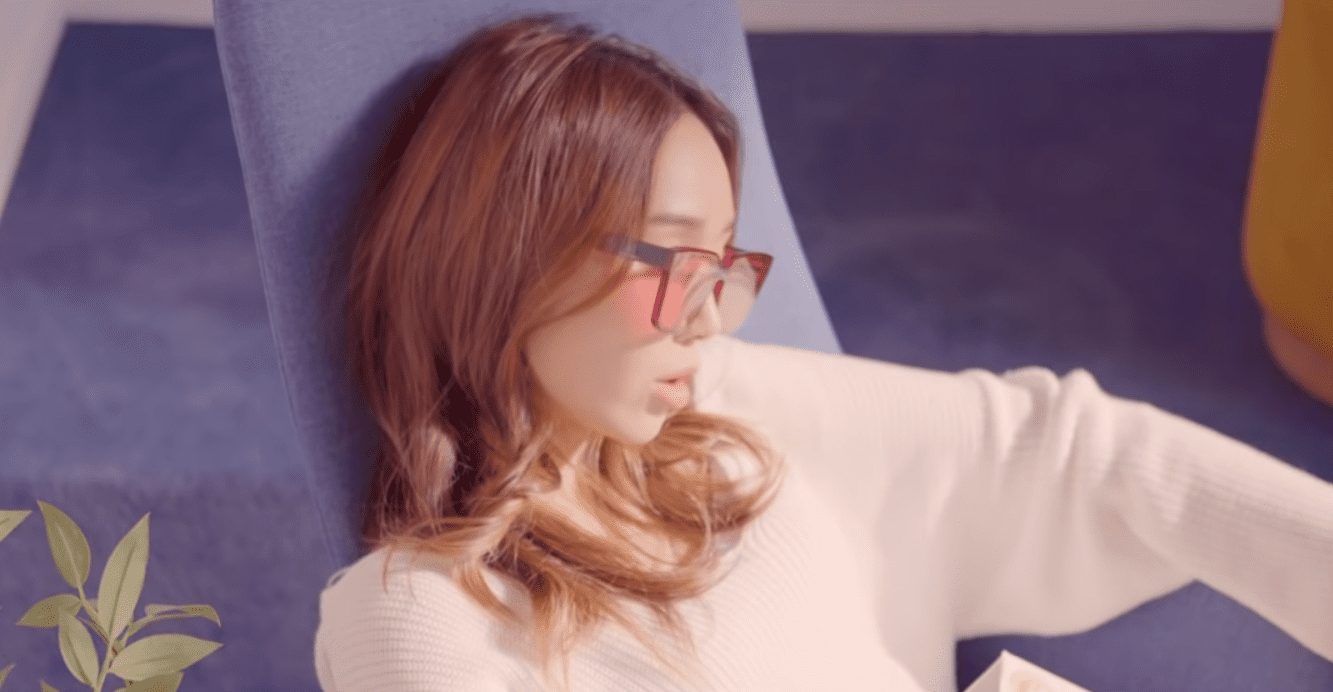 """WATCH: Son A Reum Makes Stunning Solo Debut With """"Let You Go"""" And """"Lazy"""""""
