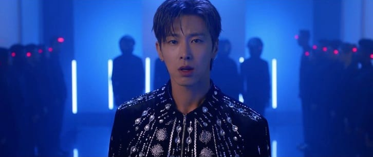 """WATCH: DBSK's Yunho Compels You To """"Follow"""" In Passionate Solo MV"""