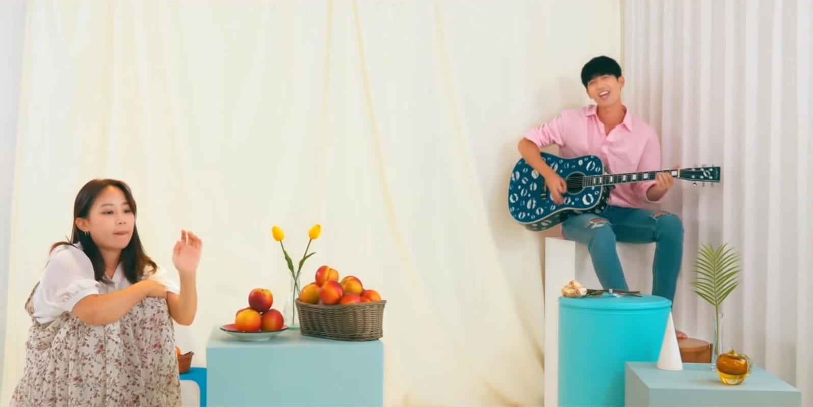"WATCH: TRAxX's Jungmo Releases Solo Single With ""Peach"" MV"