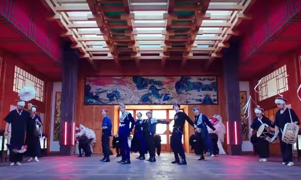 """Watch: ONEUS Drops Traditional-Themed Comeback With """"LIT"""" MV"""