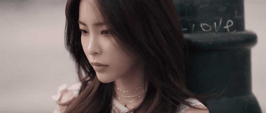"WATCH: Heize Ponders on Love And Heartbreak In ""Falling Leaves Are Beautiful"" MV"