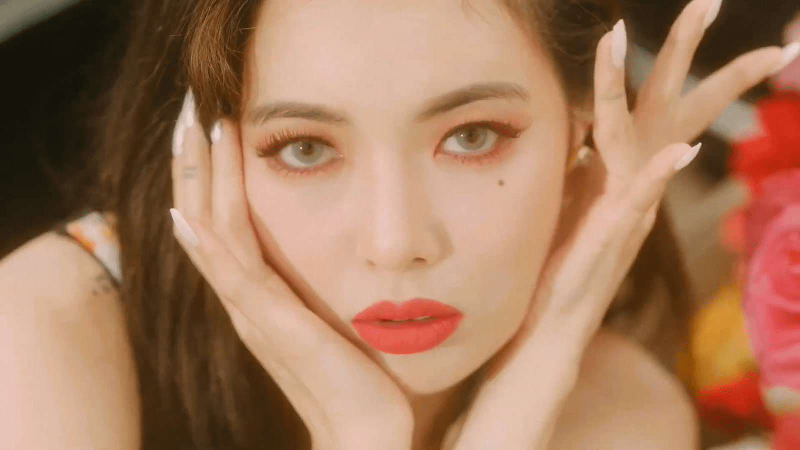 """WATCH: HyunA Makes Highly Anticipated Comeback With Catchy """"FLOWER SHOWER"""" MV"""