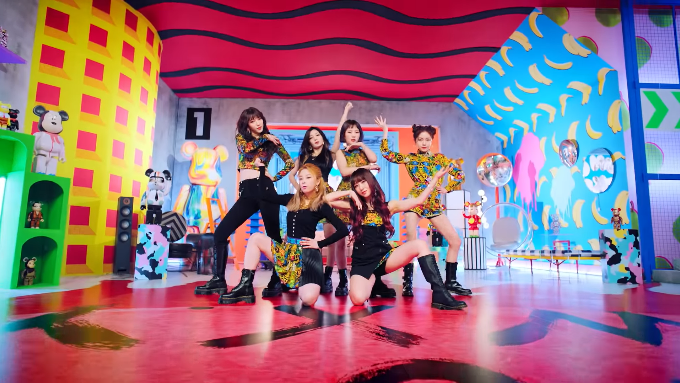"""WATCH: Rocket Punch Leaves An Impact In """"BOUNCY"""" Music Video"""