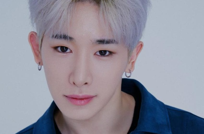"MONSTA X's ""From Zero"" Reaches #1 On Billboard's World Digital Song Sales Chart In Honor Of Wonho"