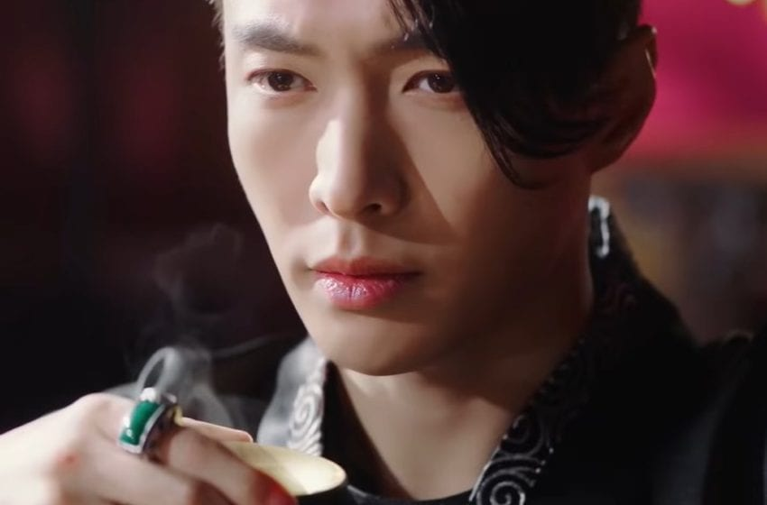 """WATCH: EXO's Lay Makes Comeback With Visually Stunning MV For """"Lit"""""""