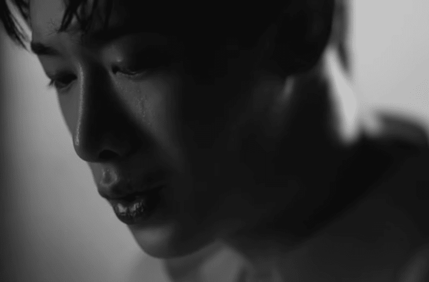 "WATCH: Wonho Swears Undying Love In Long-Awaited Solo Debut MV ""Losing You"""