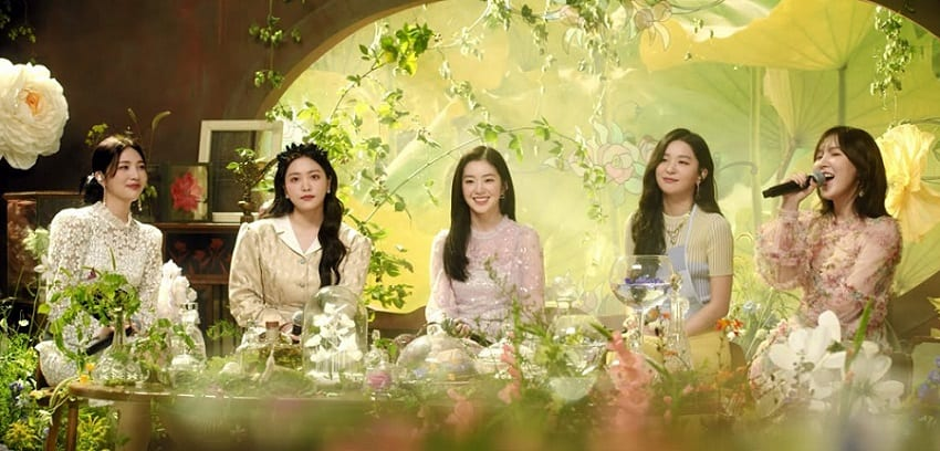 "WATCH: Red Velvet Shares Cover Of ""Milky Way"" For SM STATION's ""Our Beloved BoA"" Project"