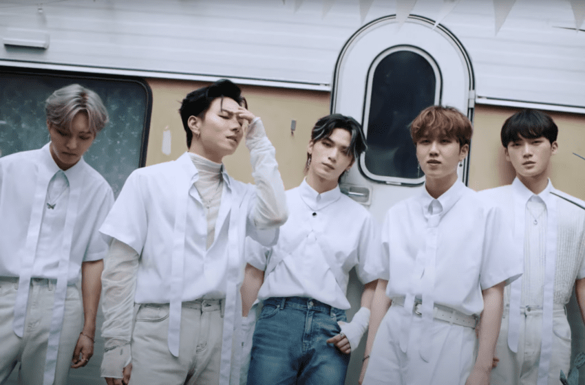 "WATCH: Seven O'Clock Wait For Your Call In ""Hey There"" MV"